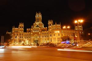 Palacio_de_telecomunicaciones_de_noche